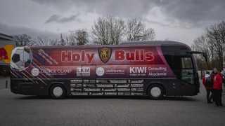 l_dsc04640-1 Nach Hause Immobilien - Aktuelles - Die NHI ist jetzt Partner der Holy Bulls