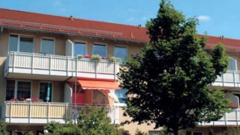 in Leipzig-Holzhausen mit Aussenstellplatz.