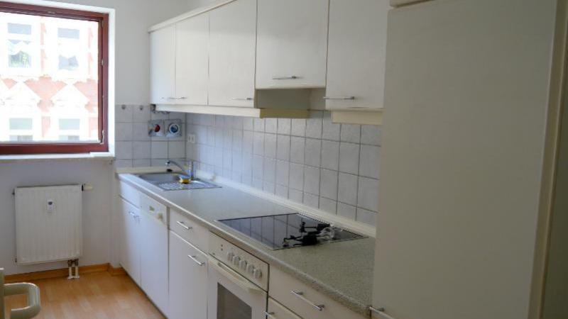 11_nachhause-immobilien_34e2fa773aa2d7beac4744490af97283cd3e2c23 Zu bequem für Best Ager ... Fahrstuhl, Einbauküche, Garagenstellplatz und Süd-Balkon
