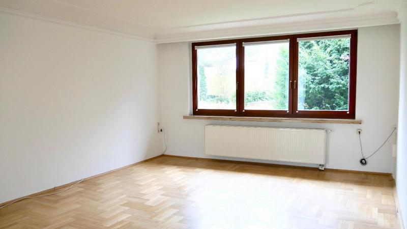 mit 6 Zimmern auf 220 m²