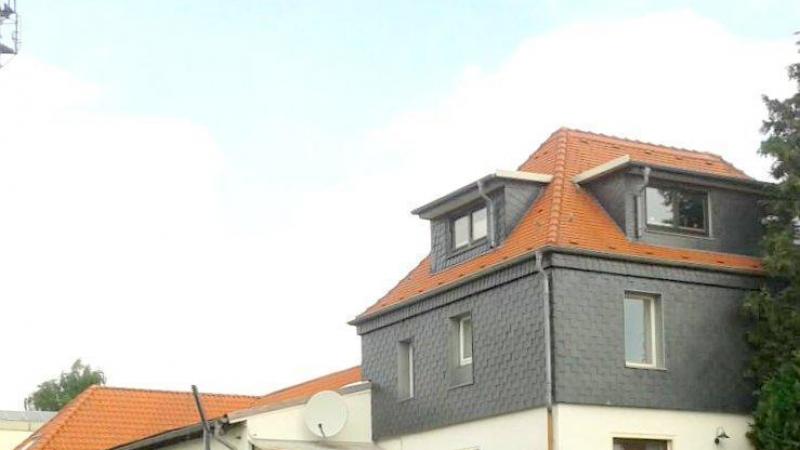 Wohnfläche teils vermietet sind.