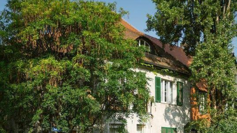 Marienbrunn ist ein Wohngebiet des Stadtteils Connewitz